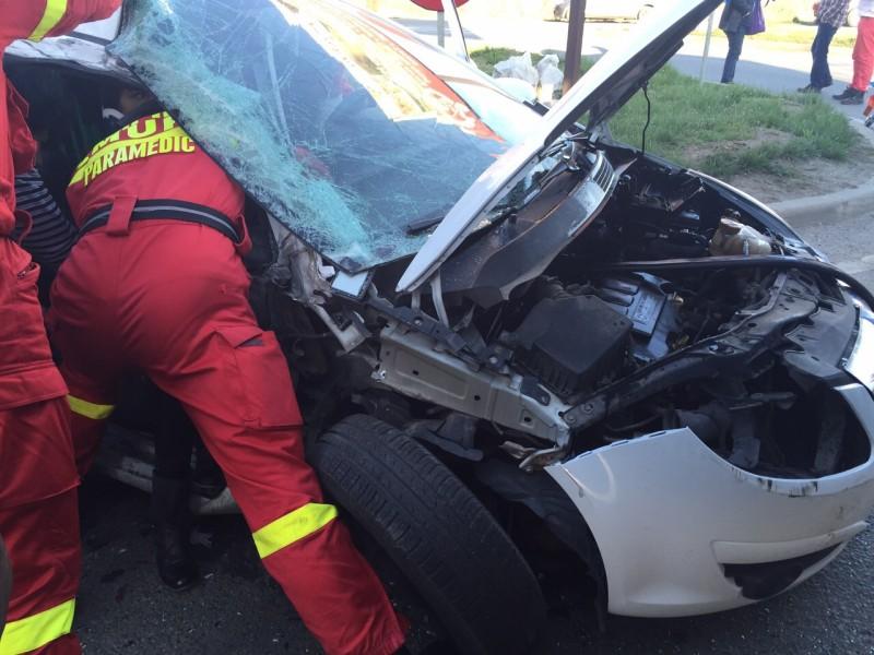 ACCIDENT GRAV de circulație produs în Cristur, între un autoturism și o autoutilitară!