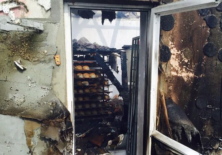 INCENDIU la brutăria și moara din Beudiu! Focul a MISTUIT aproape tot în cale – GALERIE FOTO