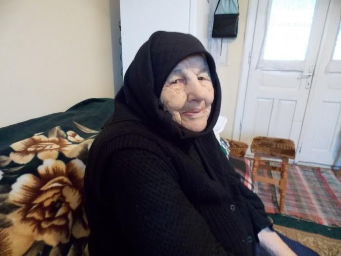 Lelea Ana Dunca din Ciceu-Poieni a MURIT! Avea vârsta de 102 ani