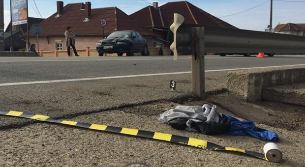 ACCIDENT mortal în Uriu! Un adolescent a fost SPULBERAT de o mașină. Cum s-a petrecut totul