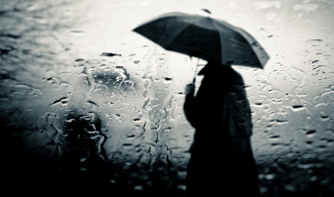 Informare de ploi însemnate cantitativ în majoritatea regiunilor, începând de luni