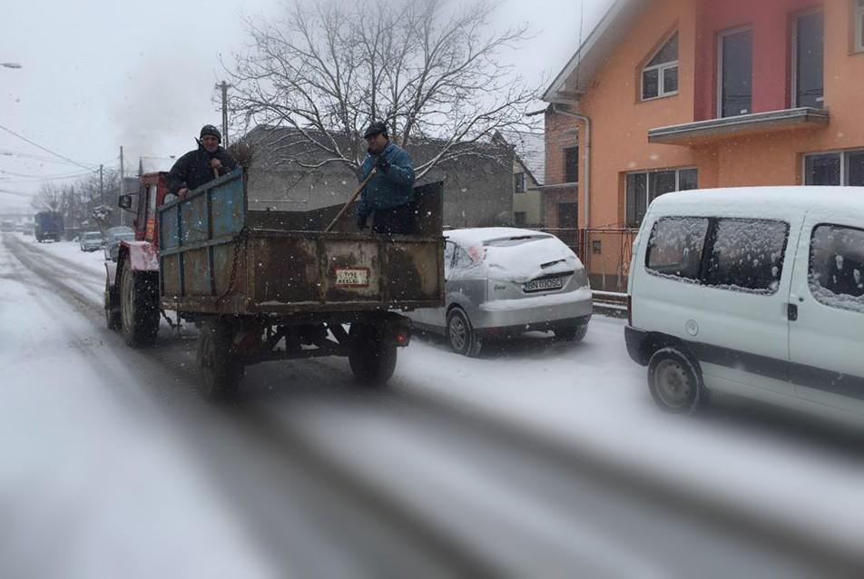 Drumurile din Beclean pe care Primăria poate interveni la deszăpezire. Ce spune primarul