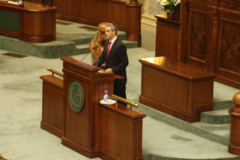 Senatorul Cristian Florian trage un semnal de alarmă cu privire la Compania Tarom