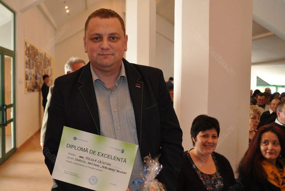 """Directorul Colegiului Național """"Petru Rareș"""", premiat de Inspectoratul Școlar! Iată reacția lui Nicula"""