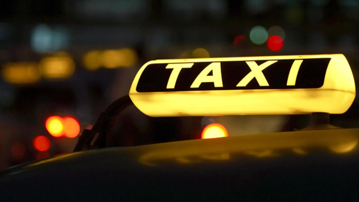 Incident TERIBIL pentru un taximetrist din Beclean! Ce s-a întâmplat cu unul dintre clienți în timpul unei curse