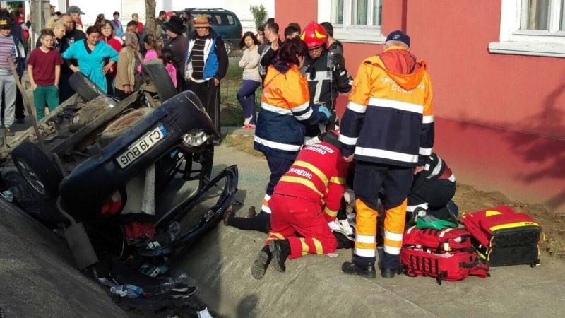 Accident MORTAL la Reteag! O cântăreață de muzică populară, implicată în accident – FOTO