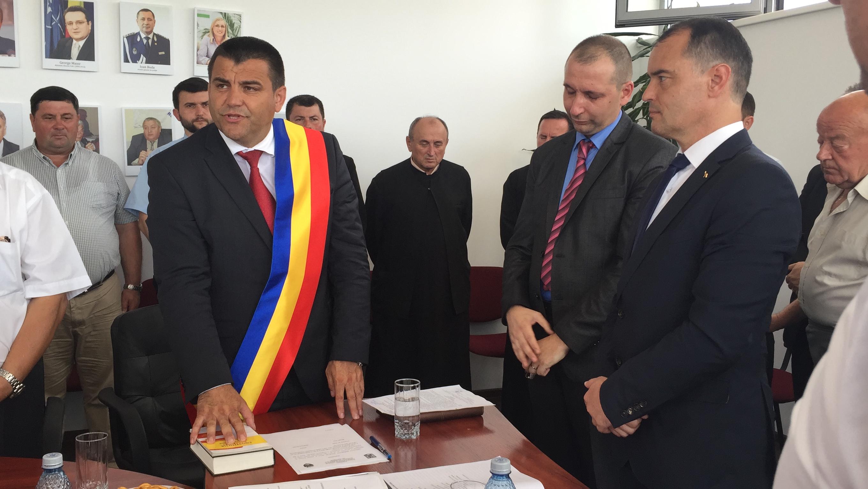 Nicolae Moldovan a fost învestit în funcția de primar al Becleanului pentru a cincea oară consecutiv -FOTO