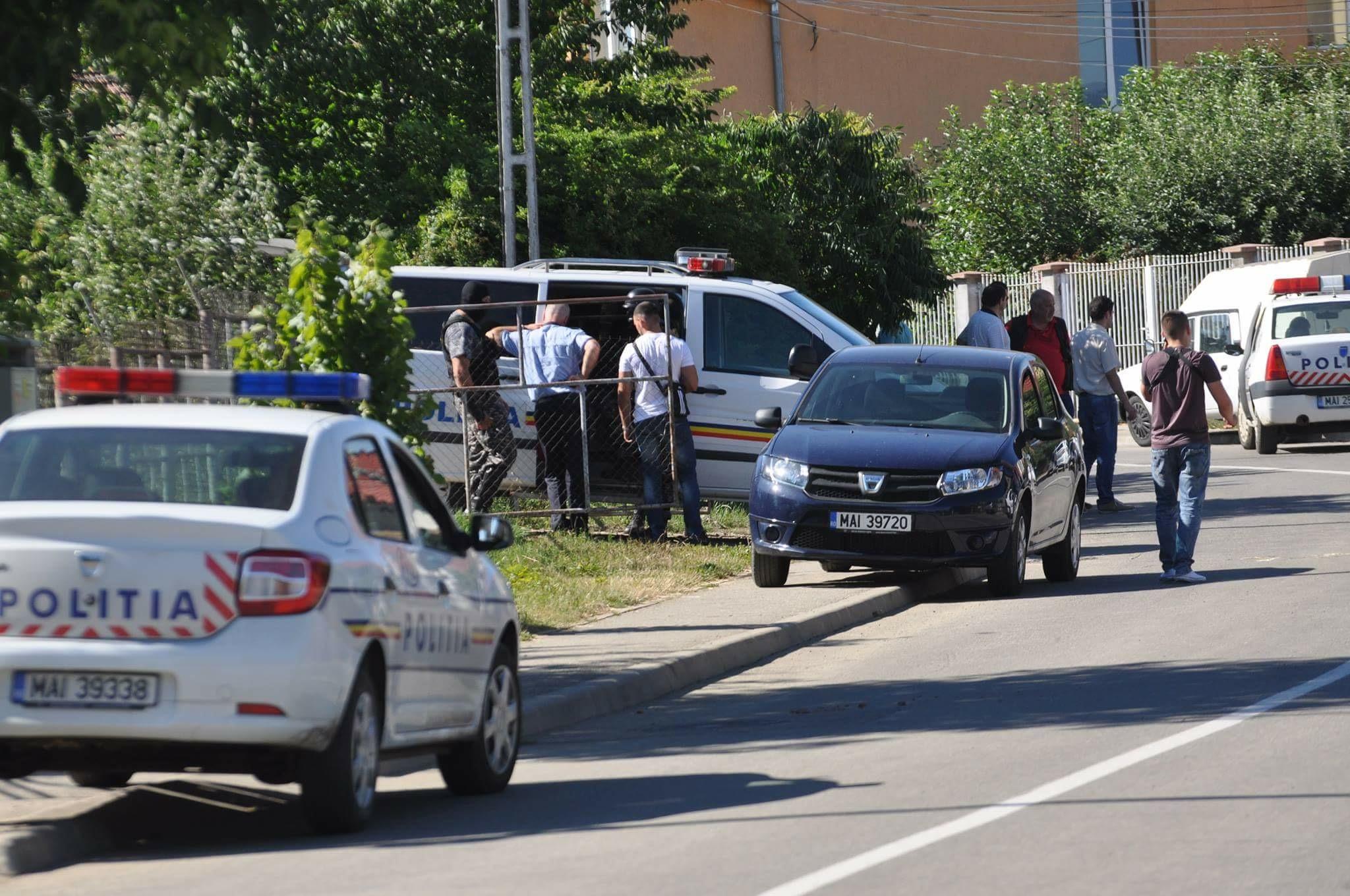 Poliţist împuşcat la Bistrița, în timpul unui schimb de focuri de armă! Autorul ar fi chiar suspectul jafului de la bancă – FOTO