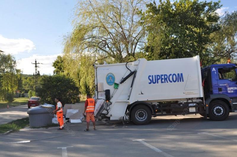 Noua firmă de salubrizare își intră de luni în drepturi la Beclean. Ce se întâmplă cu cei care au plătit în avans gunoiul la Vitalia