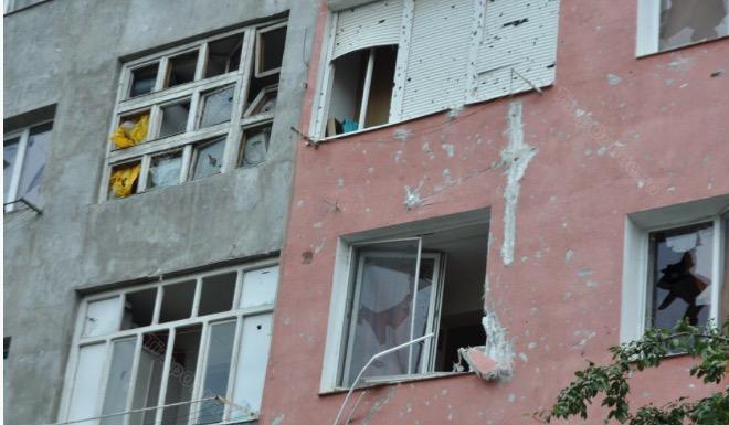 Care este starea persoanelor rănite în urma exploziei dintr-un bloc de locuințe din Bistrița. Un bebeluș, printre victime