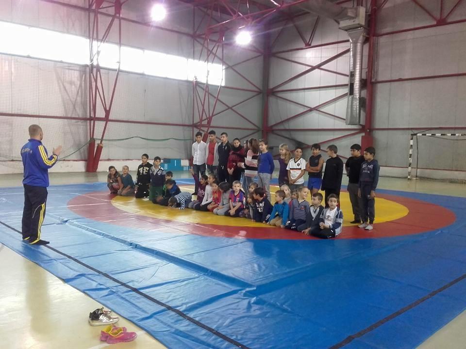 Clubul Sportiv de Lupte Libere Beclean a fost inaugurat
