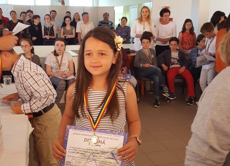 Topul elevilor la Concursul Interjudețean de Matematică Sever Aurel Groze Beclean. Elevii beclenari au luat trei medalii de aur – FOTO
