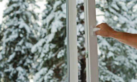 Sfat pentru sănătate: motivul pentru care este indicat să deschideți geamurile cât mai des, inclusiv când temperatura de afară e sub limita înghețului