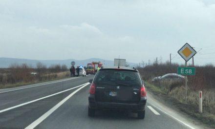 Accident cu trei mașini implicate, la ieșire din Beclean spre Bistrița! Iată cum s-a petrecut totul – FOTO