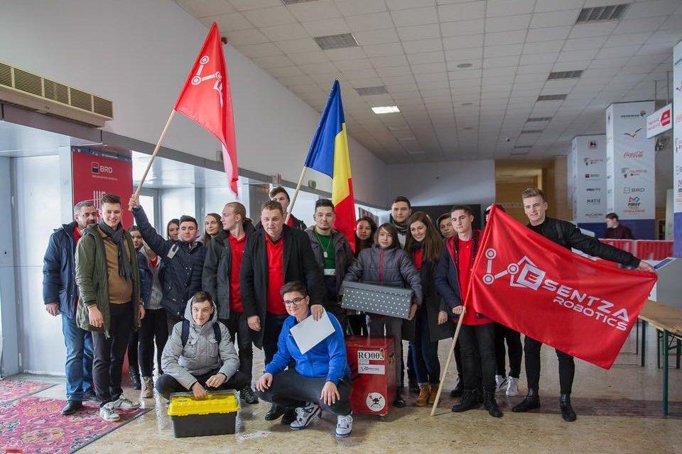 Esentza Robotics a câștigat premiul pentru cea mai bună inovație! Robotul H3LEN creat la Beclean a reușit să impresioneze pe toată lumea – FOTO