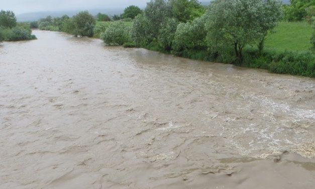 Cod portocaliu de inundații în bazinul hidrografic al râului Someșul Mare. Iată de când întră în vigoare avertizarea hidrologilor