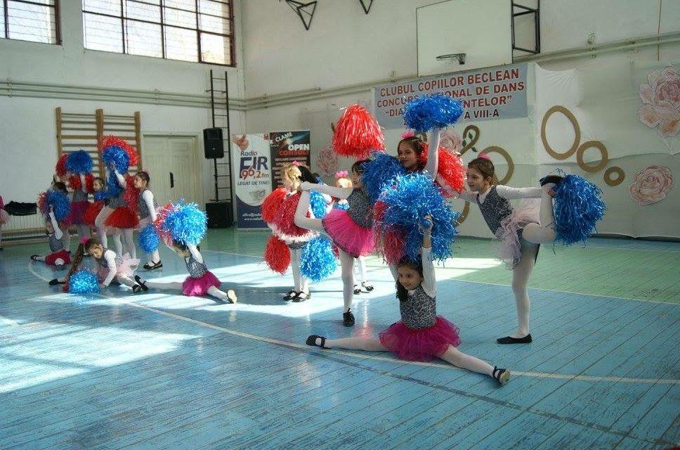 Concurs național de dans la Beclean. Participă elevi înscriși la Cluburile și Palatele Copiilor din aproape toată țara