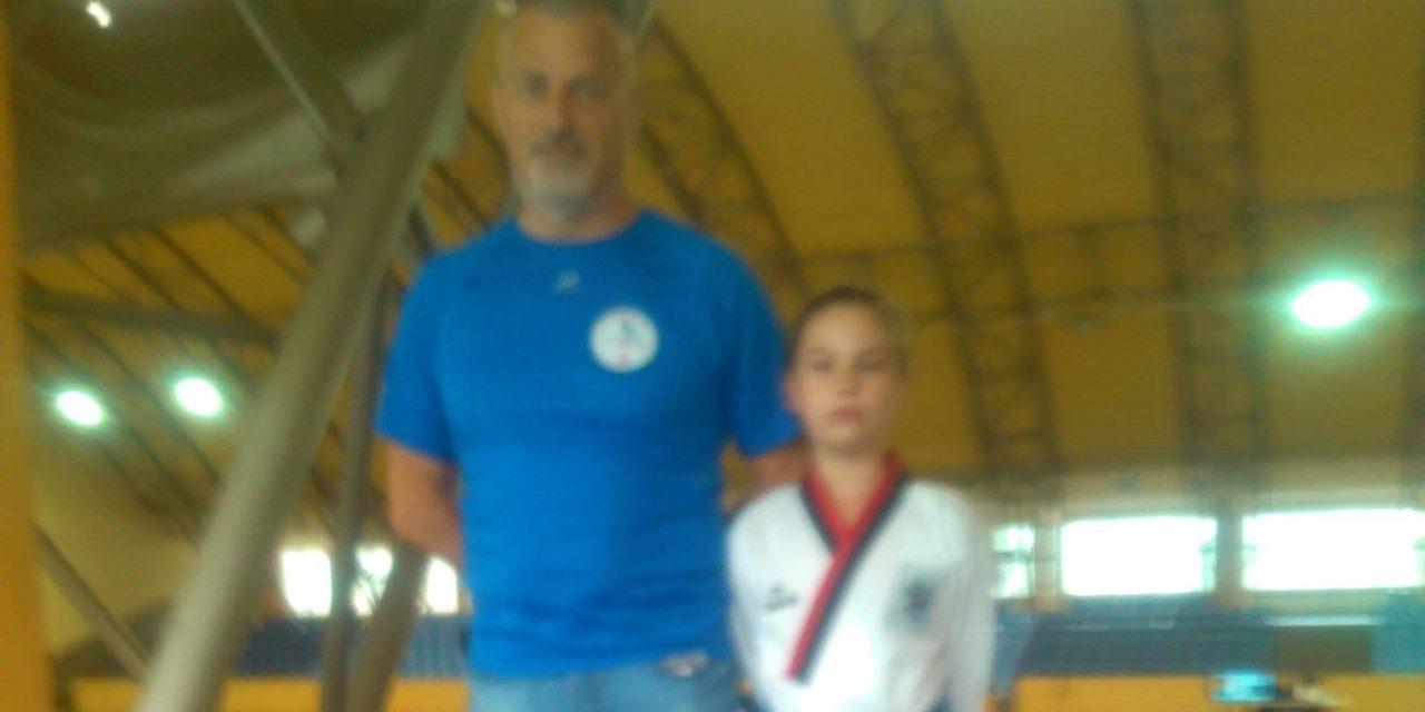 Luptătoarea sportivă Luiza Bindea a obținut un rezultat foarte bun la Campionatul Național de Poomsae de la Odorheiu Secuiesc