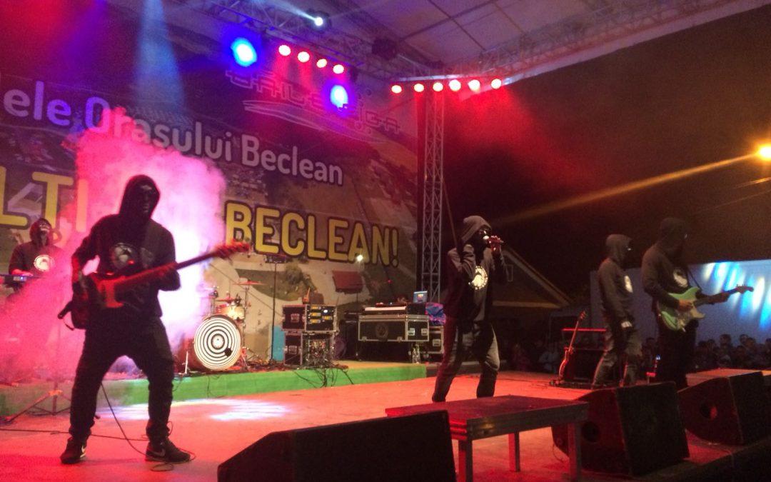 Atmosferă de vis la Beclean, în ultima seară a Zilelor Orașului! Carla's Dreams au strâns cea mai mare mulțime de oameni care au participat vreodată la Zilele Becleanului – FOTO