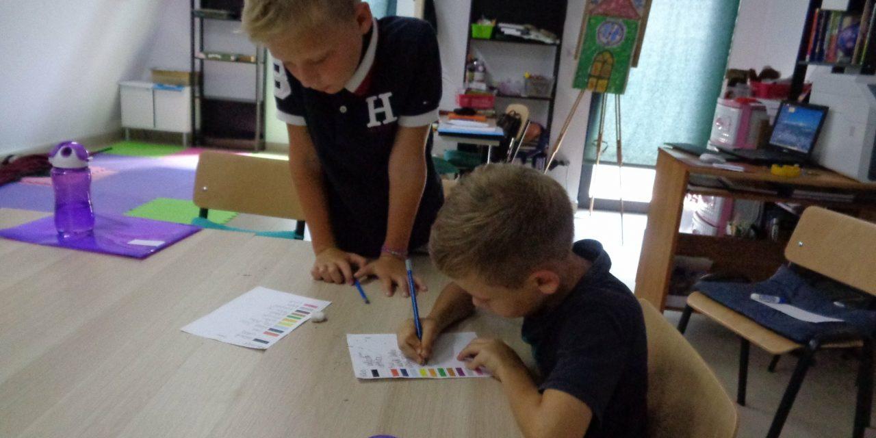 """Ultima șansă la înscrieri pentru """"Școala de Vară în Limba Engleză 2018"""" organizată la Beclean. Iată toate datele de contact pentru înscrieri"""