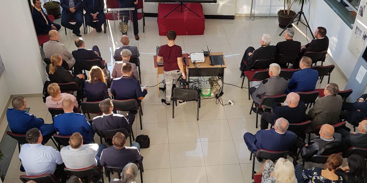 """""""Administrație pentru comunitate"""", evenimentul care a prezentat la Beclean toate proiectele care definesc orașul Beclean – FOTO"""