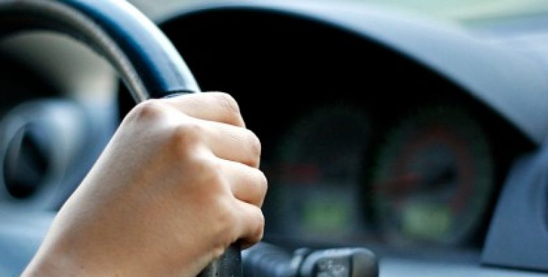 Anunț de angajare pentru șoferii cu permis de conducere categoria B. Salariul este motivant