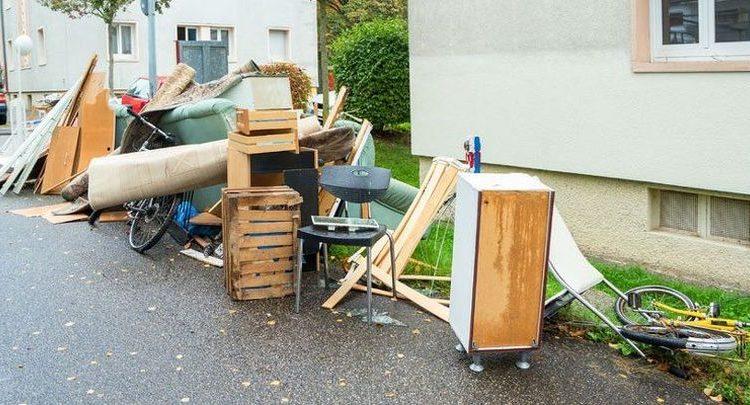 Campanie gratuită de colectare a deșeurilor voluminoase. Iată când este programată și strângerea deșeurilor biodegradabile