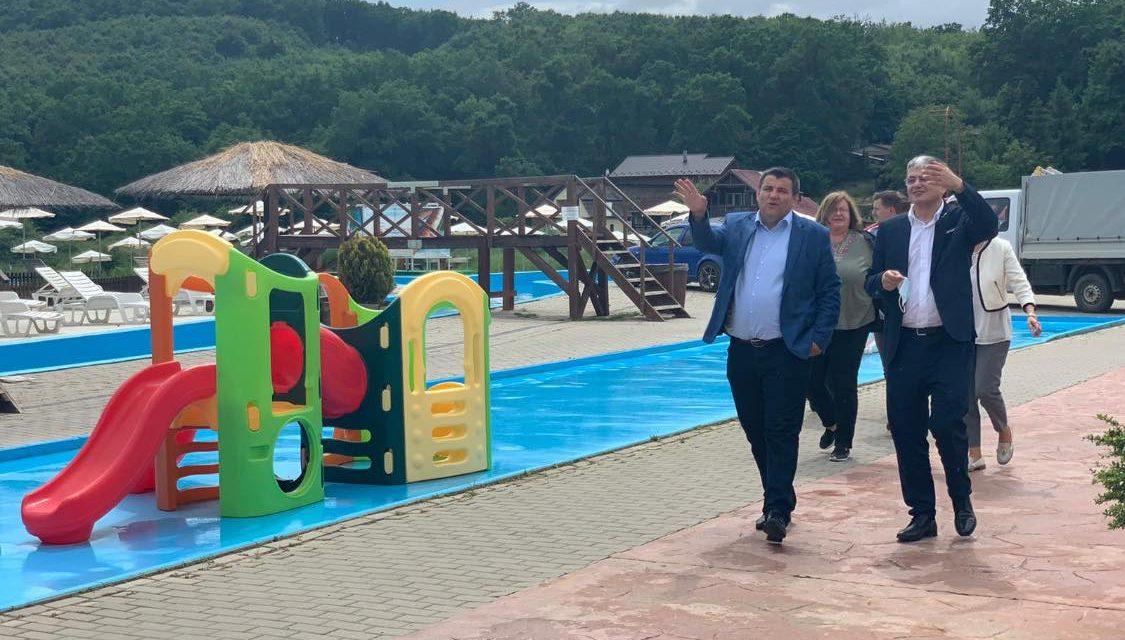 Stațiunea Balneară Băile Figa a fost deschisă în mod oficial în prezența directorului general ADR N-V, Marcel Ioan Boloș, ex-ministrul Fondurilor Europene