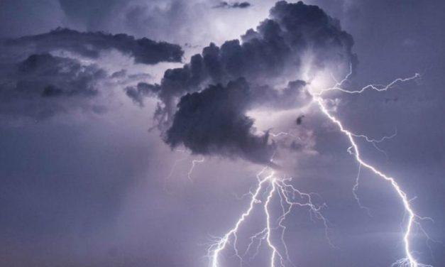 Cod portocaliu de furtună, în tot județul. Informare meteorologică