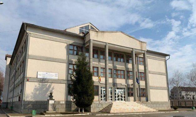 S-a semnat contractul de finanțare pentru reabilitarea și modernizarea școlii primare din Beclean!